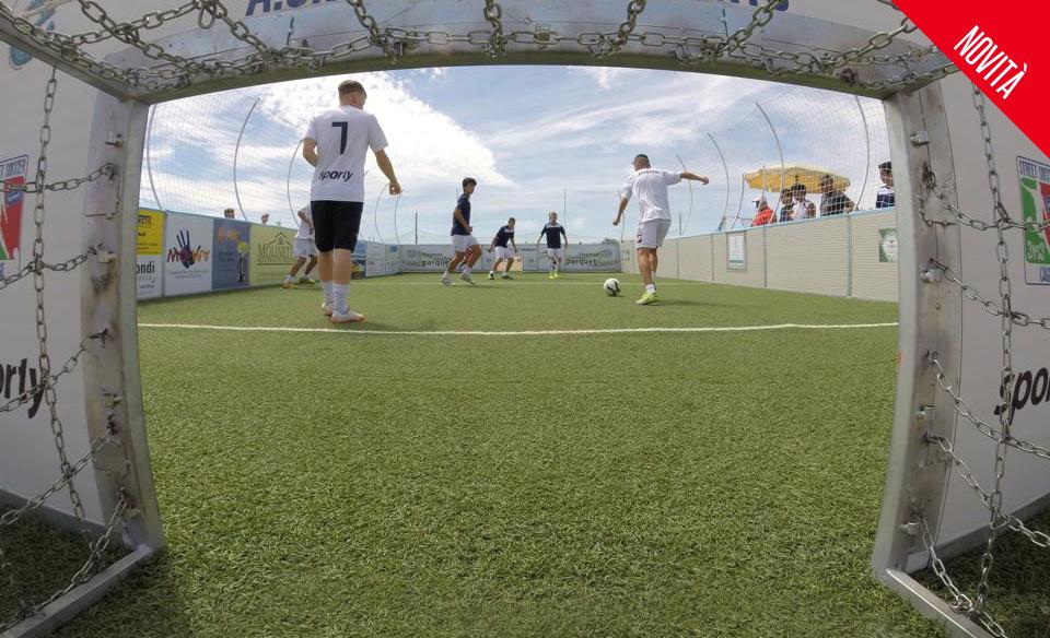 Street soccer - calcio in gabbia