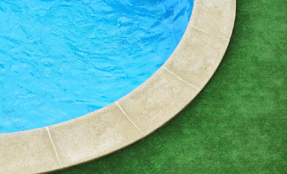 posa e manutenzione erba sintetica