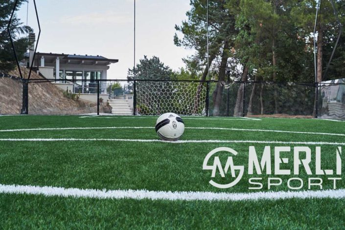 costruzione calcio in gabbia