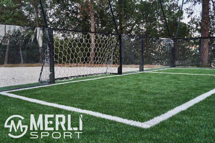 installazione calcio in gabbia