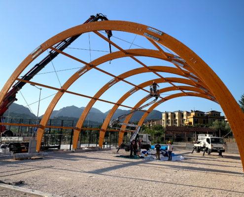 Coperture impianti sportivi in legno lamellare