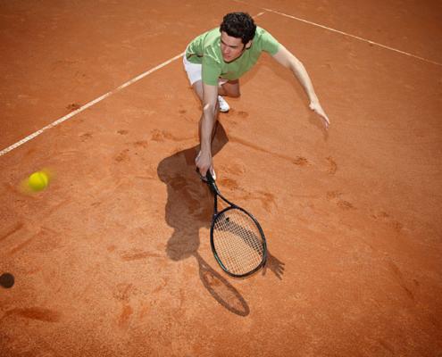 Campi da tennis in terra rossa chiavi in mano